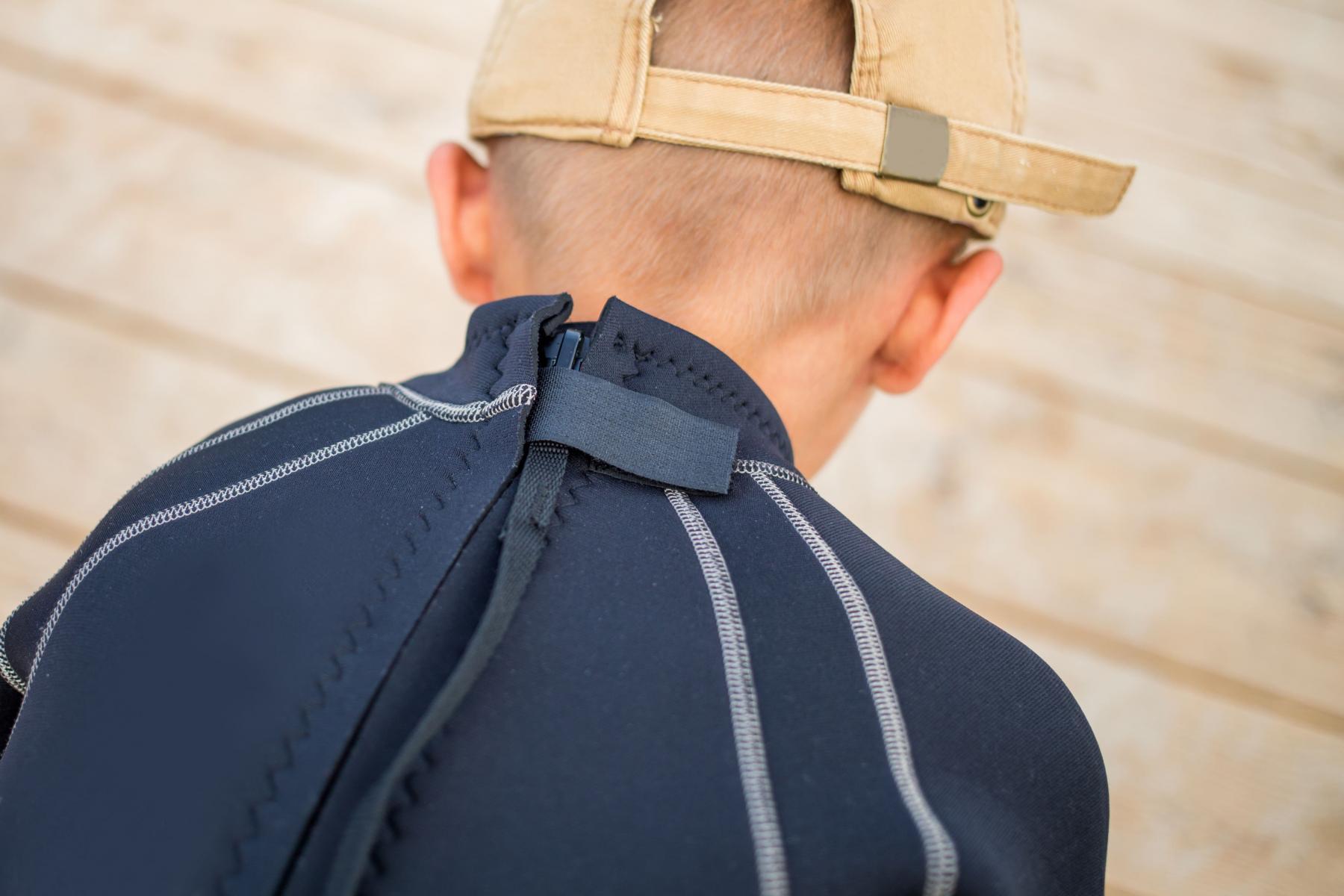 Back zipper of a wetsuit