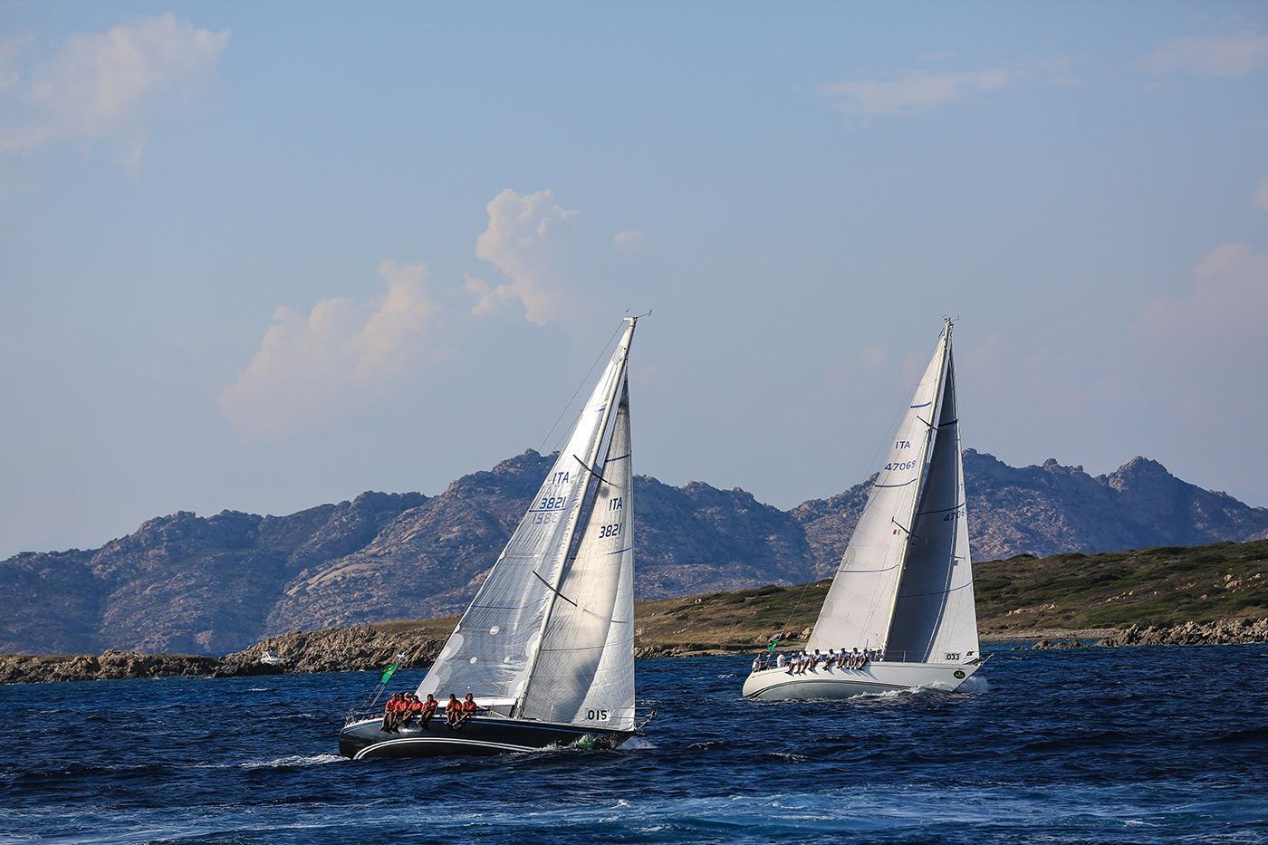 Круизно-гоночная яхта Swan